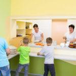 Paní kuchařky nám připravují skvělé obědy!